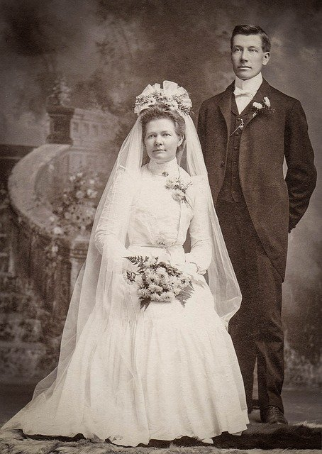 Vintage bridal couple.